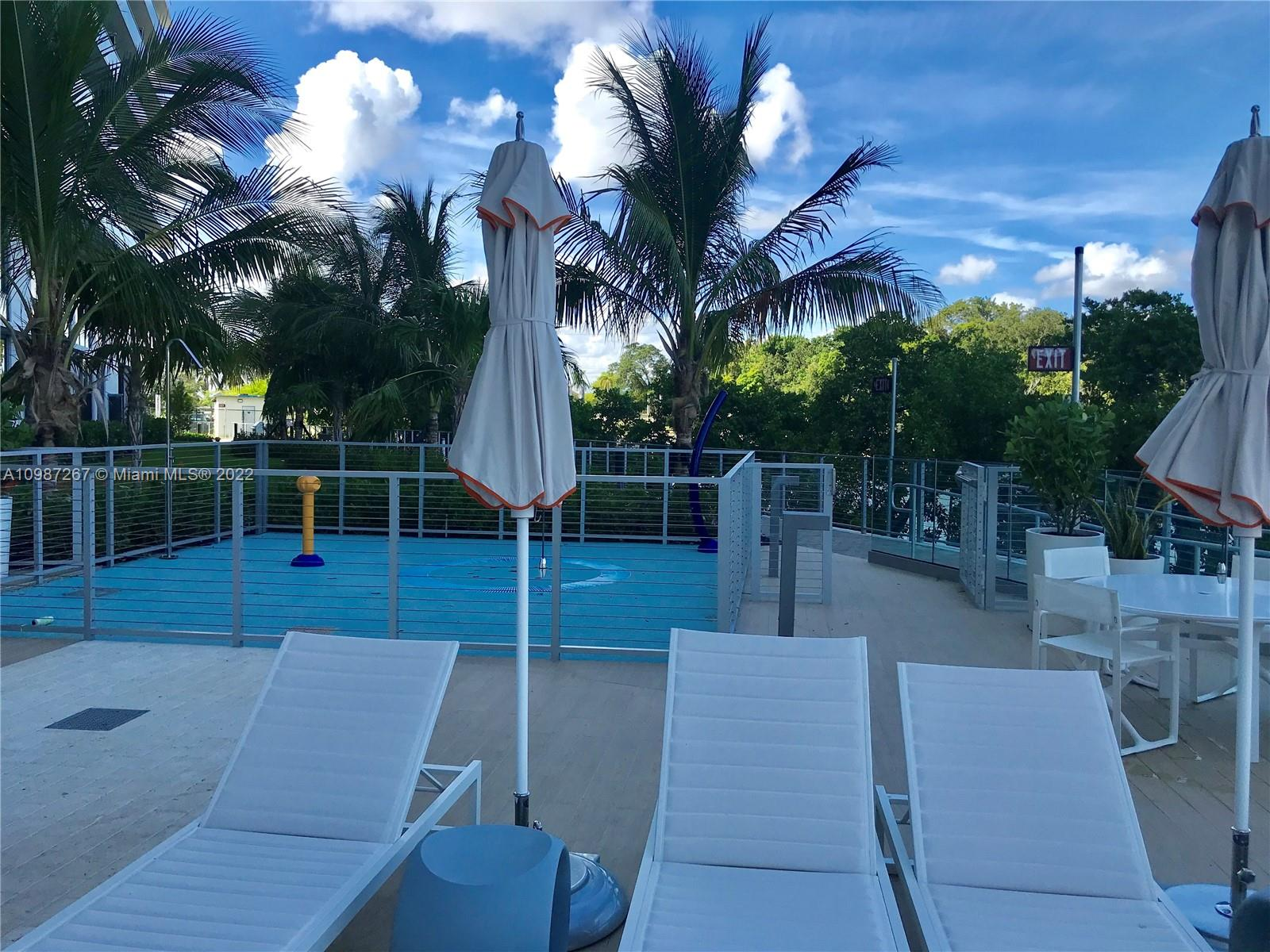 16385 Biscayne Blvd. #2702 photo09