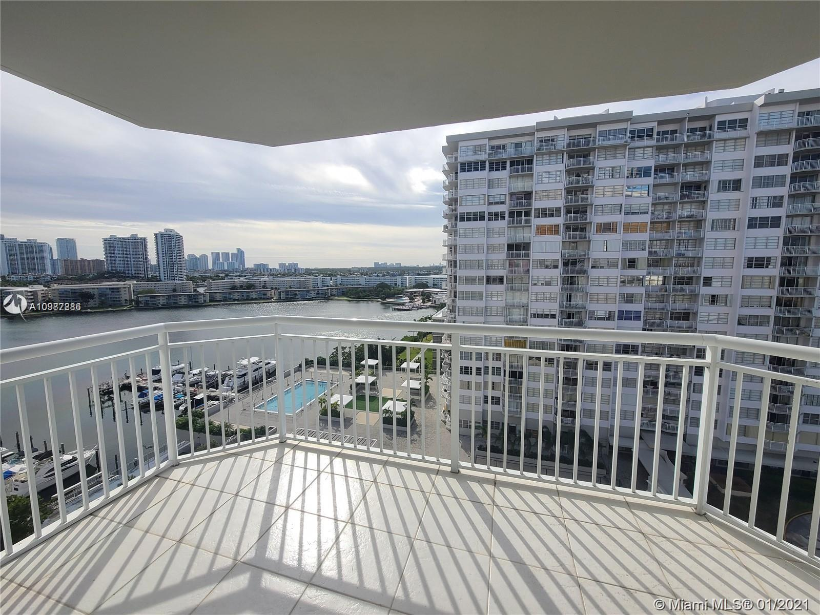 18061 Biscayne Blvd #1203 photo01