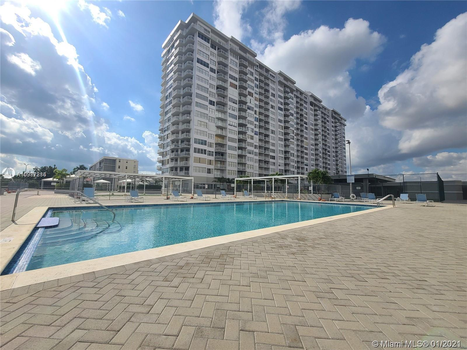 18061 Biscayne Blvd #1203 photo025