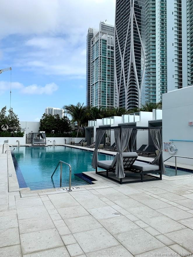 851 NE 1st Ave # 2702, Miami, Florida 33132, 1 Bedroom Bedrooms, ,2 BathroomsBathrooms,Residential,For Sale,851 NE 1st Ave # 2702,A10987315