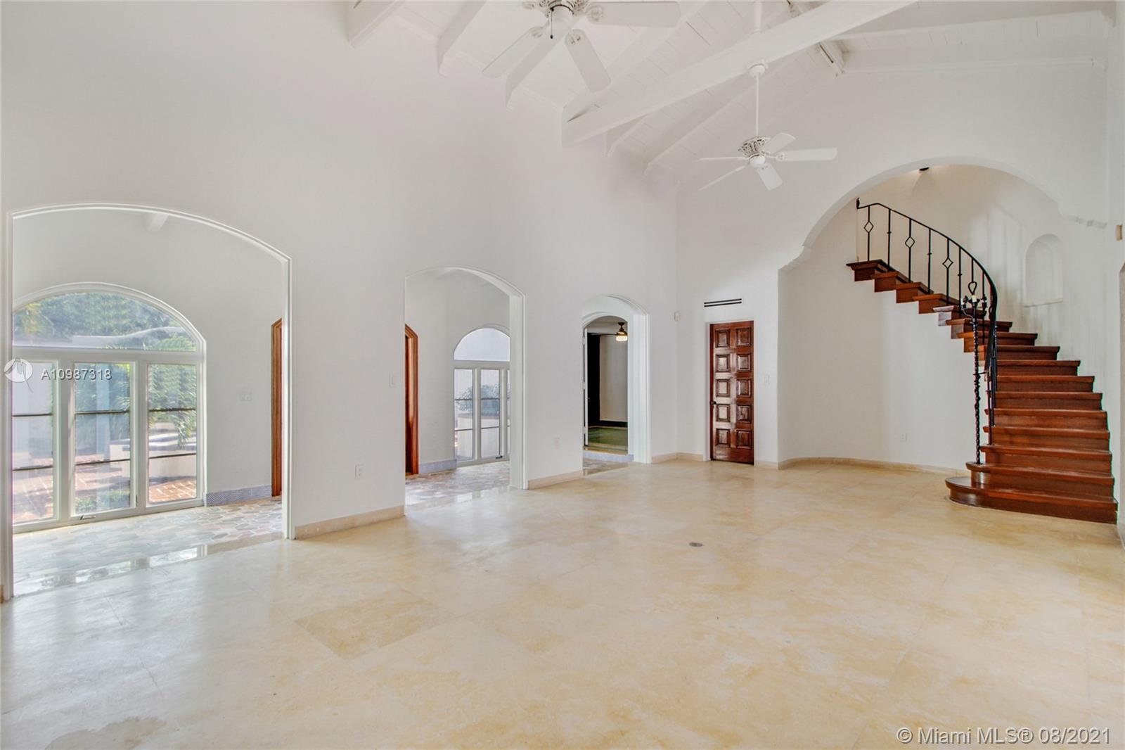 Beach View - 5660 Pine Tree Dr, Miami Beach, FL 33140
