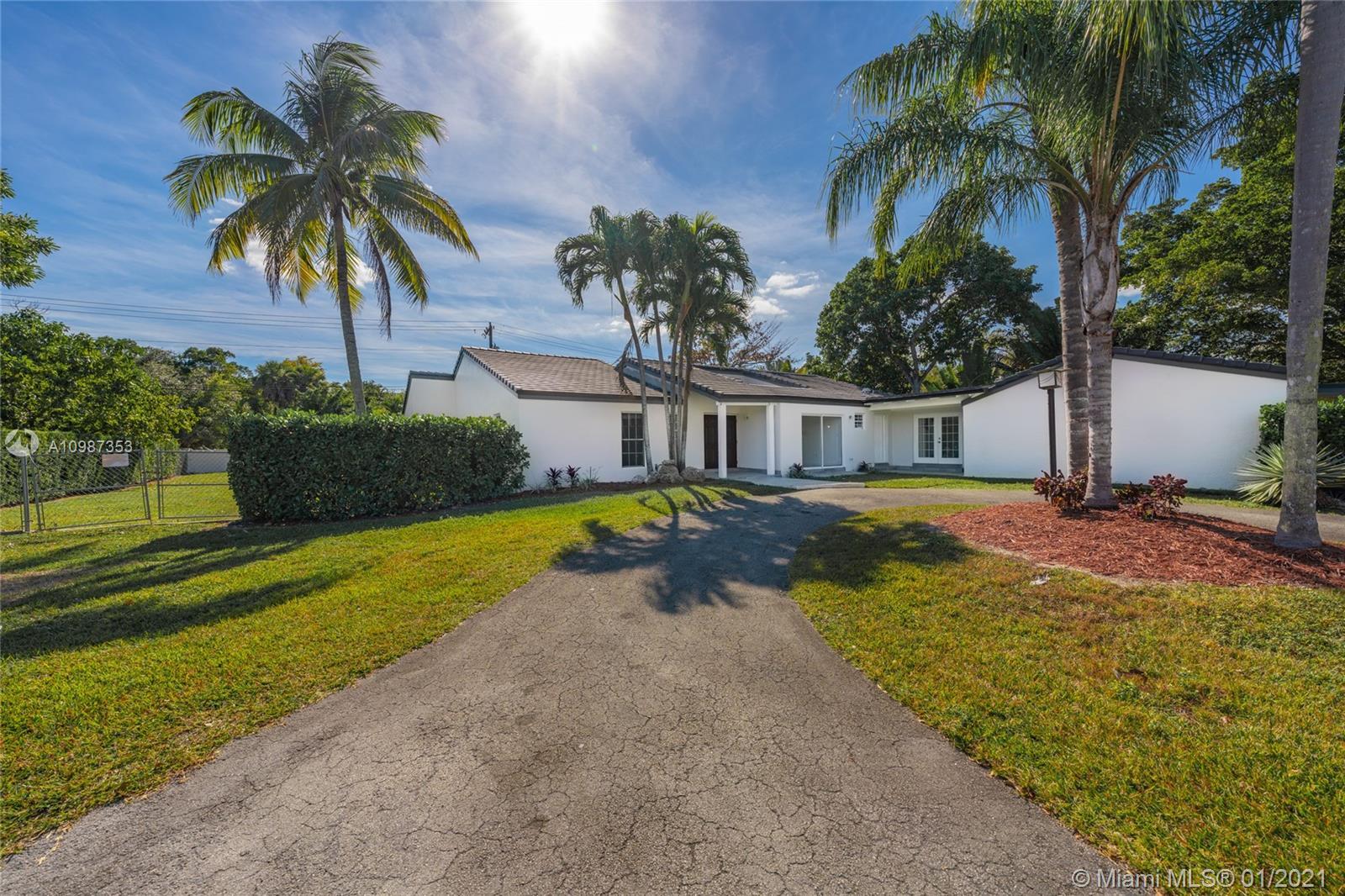 South Miami - 7844 SW 57th Ter, Miami, FL 33143