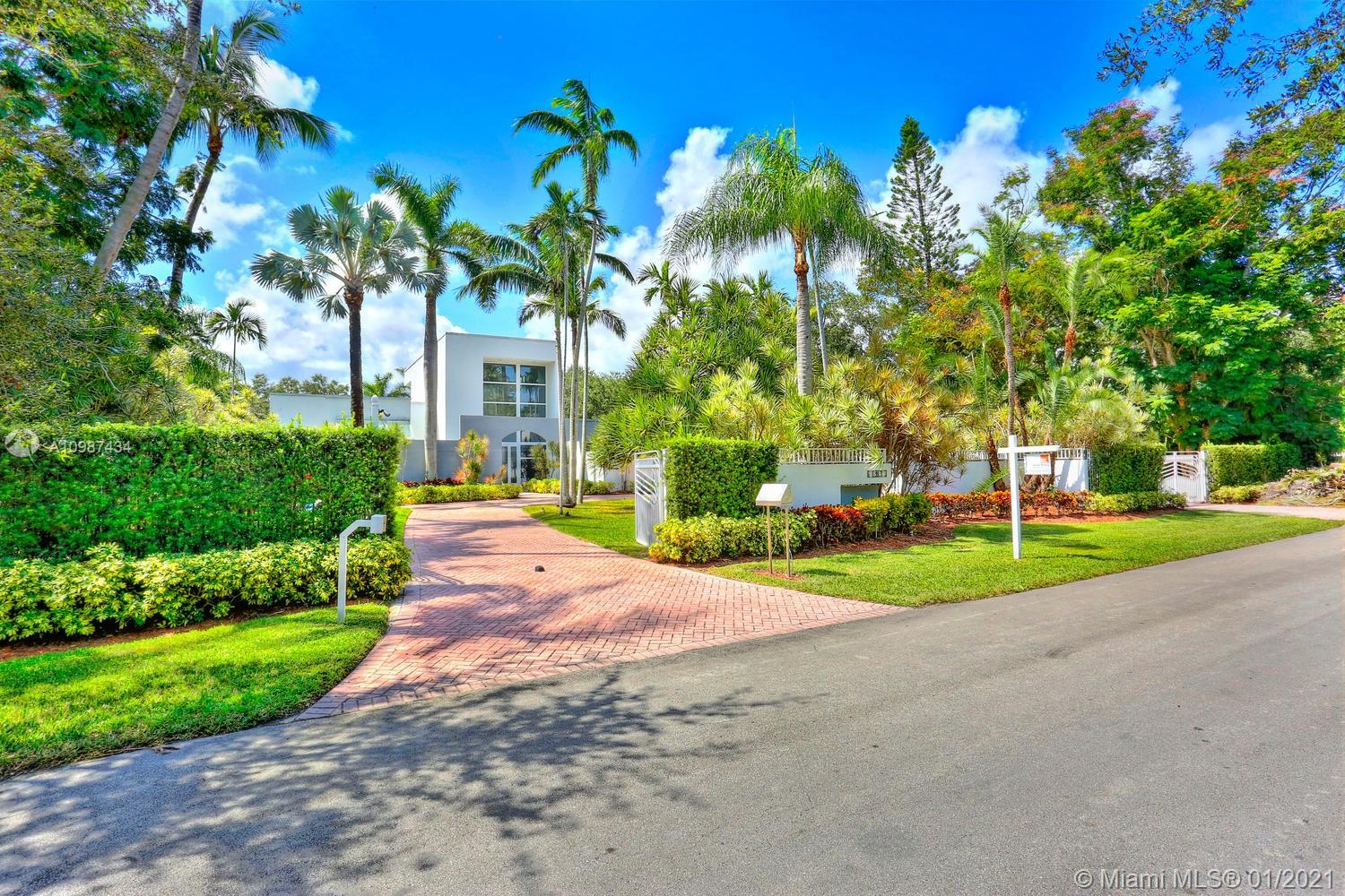 9500 SW 60th Ct, Pinecrest, Florida 33156, 6 Bedrooms Bedrooms, ,8 BathroomsBathrooms,Residential,For Sale,9500 SW 60th Ct,A10987434