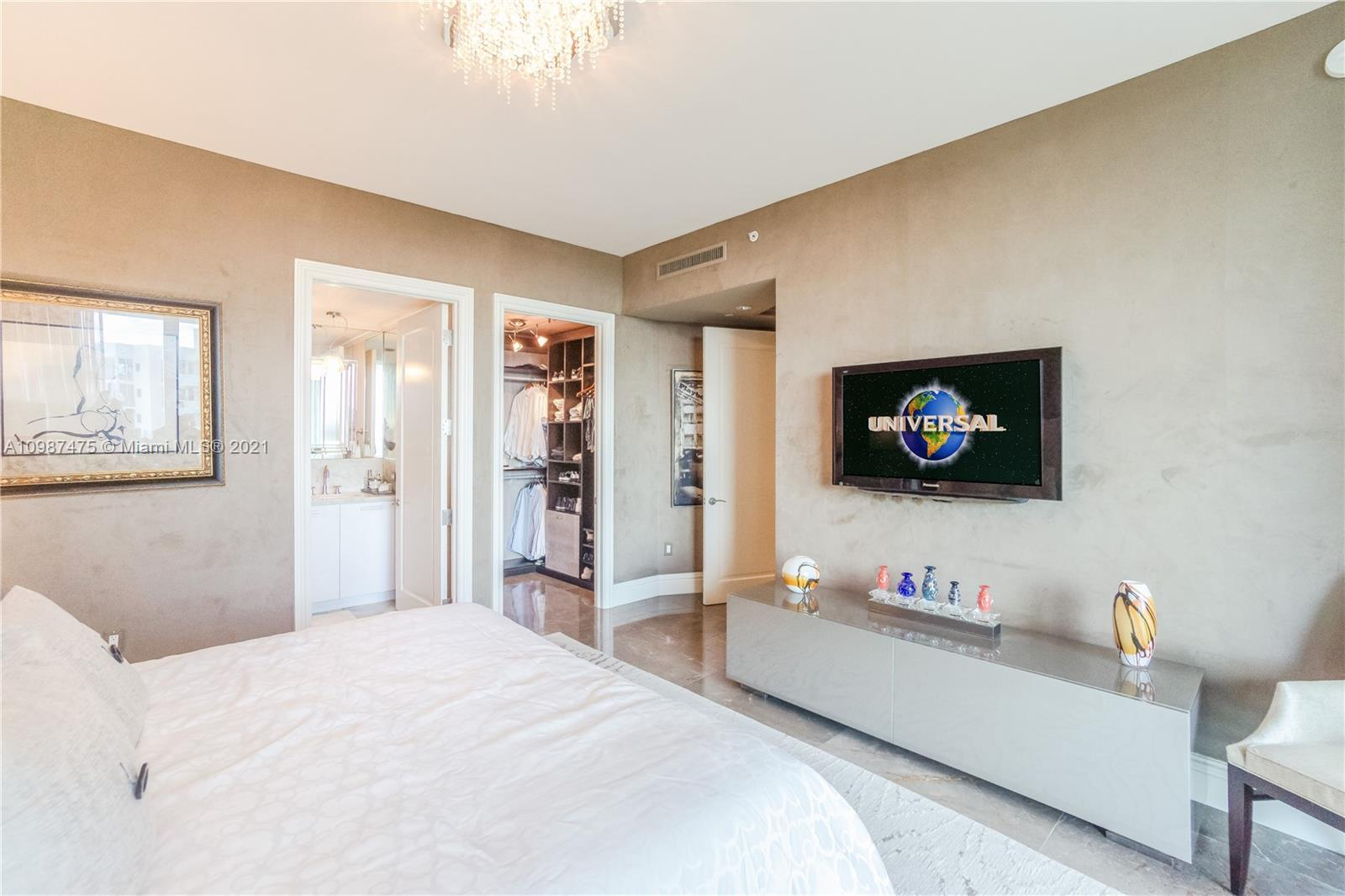 10295 Collins Ave #904 photo030