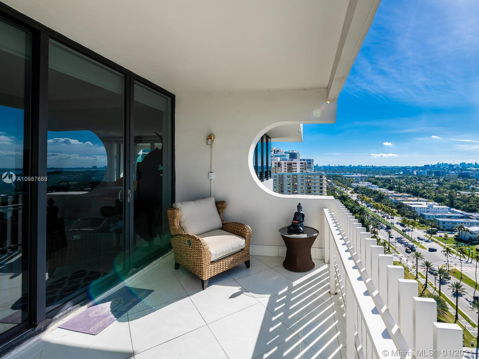 10205 collins ave #1701 photo036