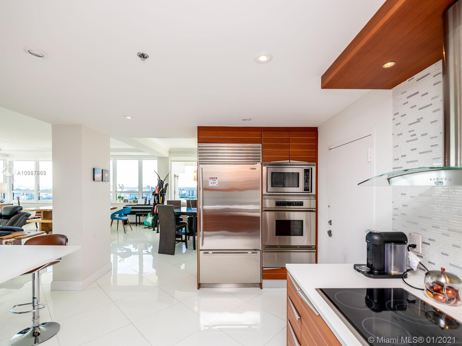 10205 collins ave #1701 photo030