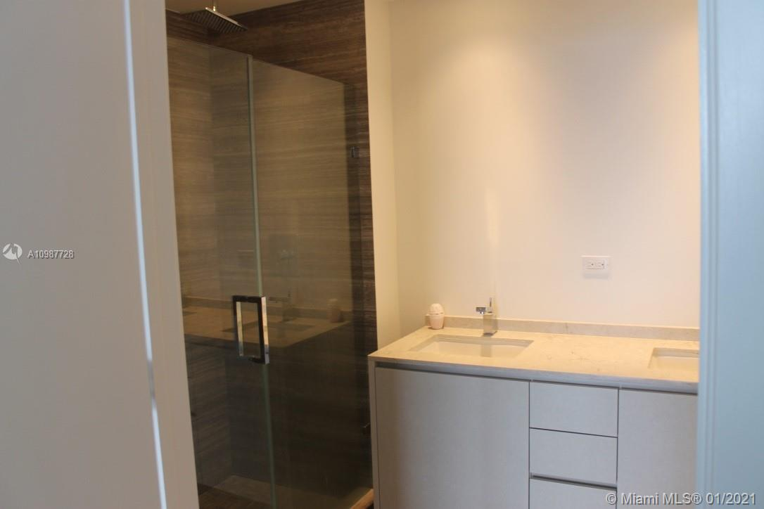 1010 Brickell #4108 photo32