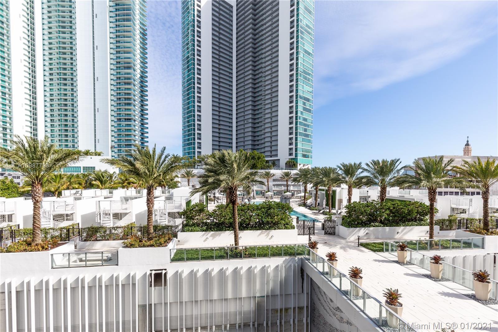 Paramount Miami Worldcenter #803 photo03