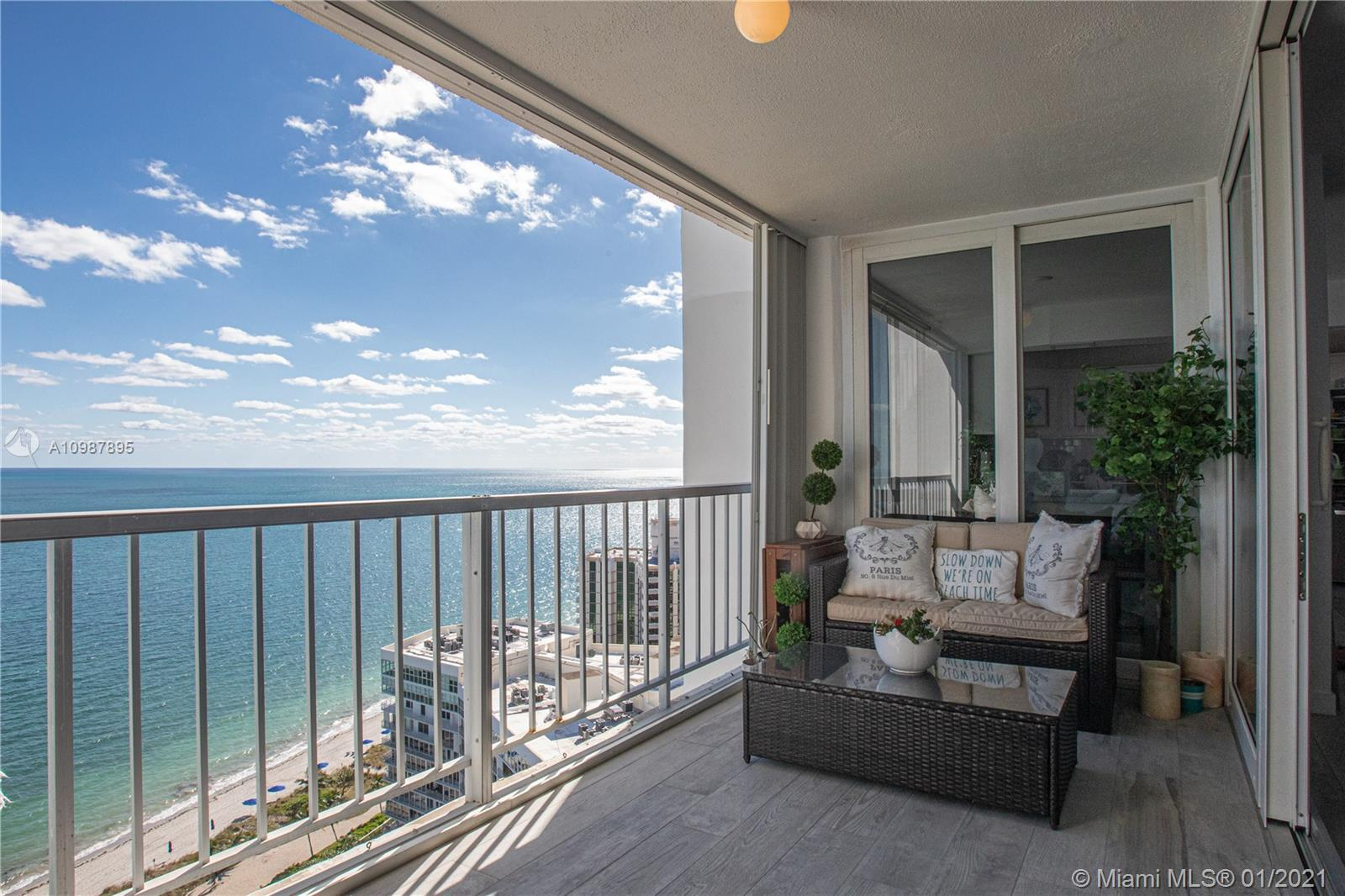 881 Ocean Dr # 22B, Key Biscayne, Florida 33149, 2 Bedrooms Bedrooms, ,2 BathroomsBathrooms,Residential,For Sale,881 Ocean Dr # 22B,A10987895