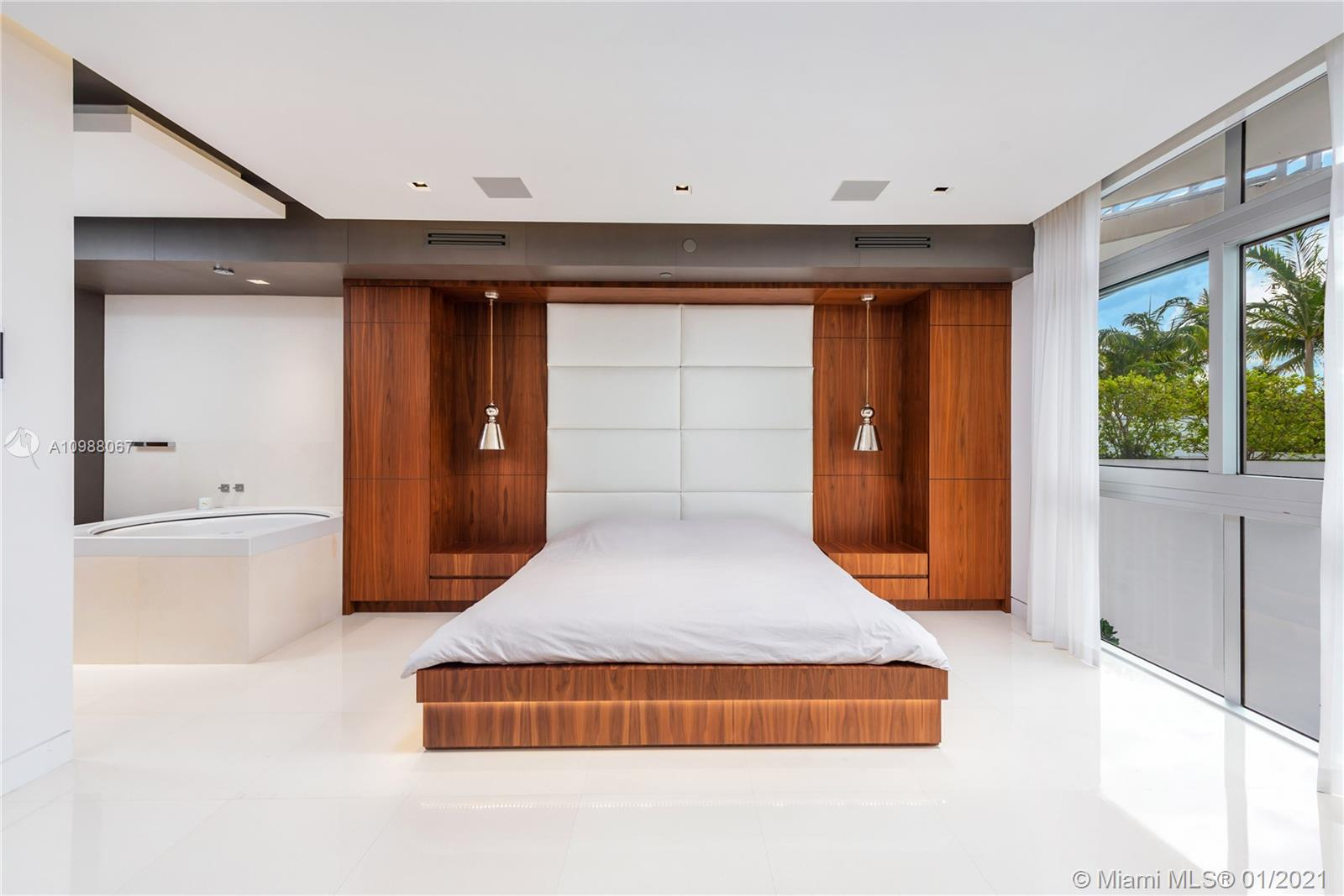 2001 Meridian Ave # 311, Miami Beach, Florida 33139, 2 Bedrooms Bedrooms, ,2 BathroomsBathrooms,Residential,For Sale,2001 Meridian Ave # 311,A10988067