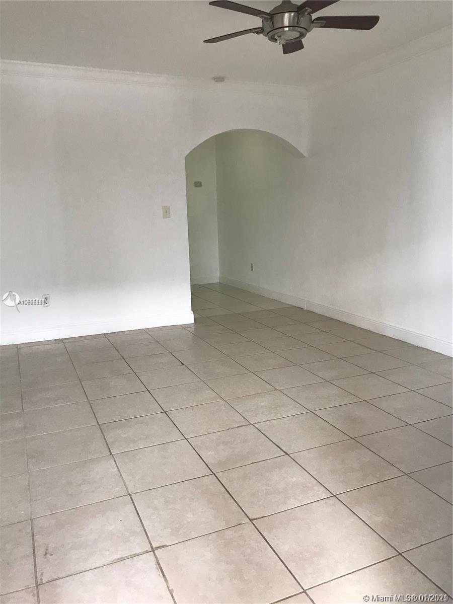 6930 Byron Ave # 102, Miami Beach, Florida 33141, ,1 BathroomBathrooms,Residential,For Sale,6930 Byron Ave # 102,A10988116