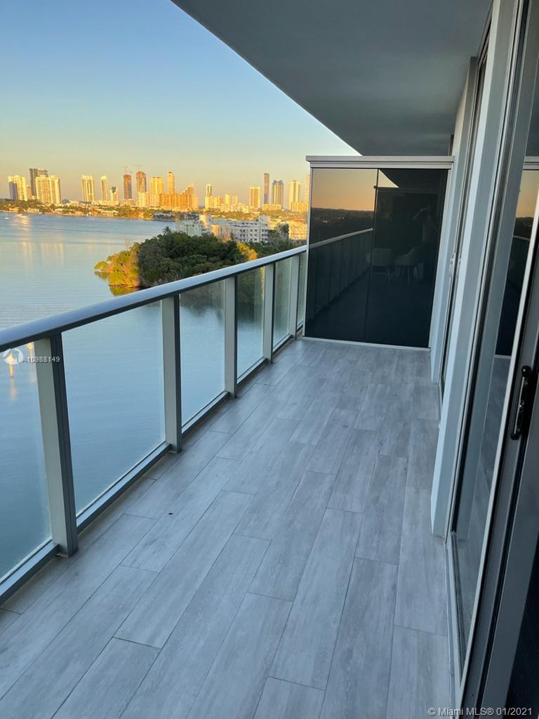 16385 Biscayne Blvd #1003 photo02