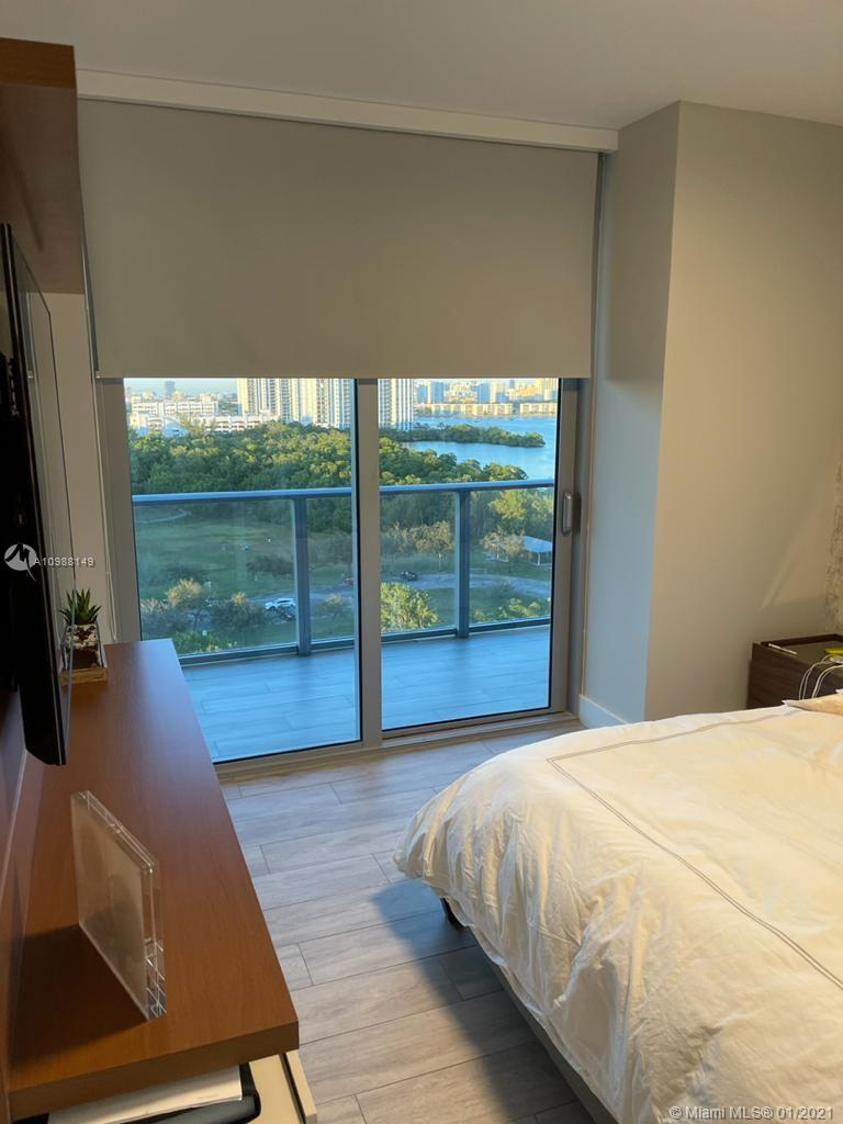 16385 Biscayne Blvd #1003 photo017