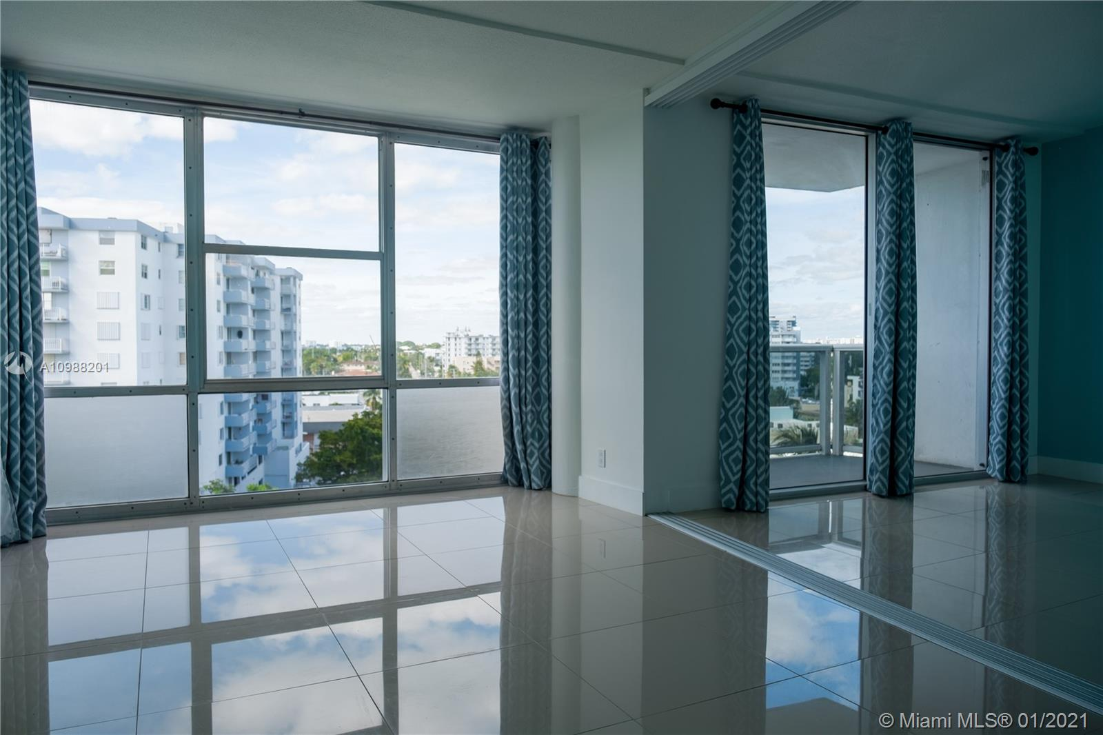 900 Bay Dr # 711, Miami Beach, Florida 33141, 2 Bedrooms Bedrooms, ,2 BathroomsBathrooms,Residential,For Sale,900 Bay Dr # 711,A10988201