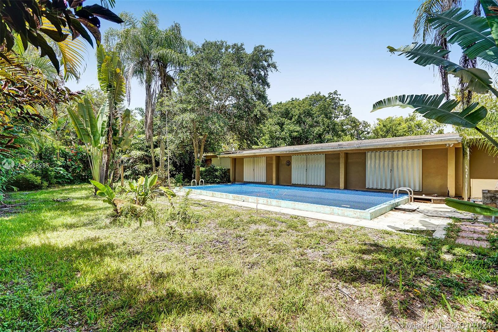 9255 SW 72nd Ave, Pinecrest, Florida 33156, 3 Bedrooms Bedrooms, ,2 BathroomsBathrooms,Residential,For Sale,9255 SW 72nd Ave,A10988295