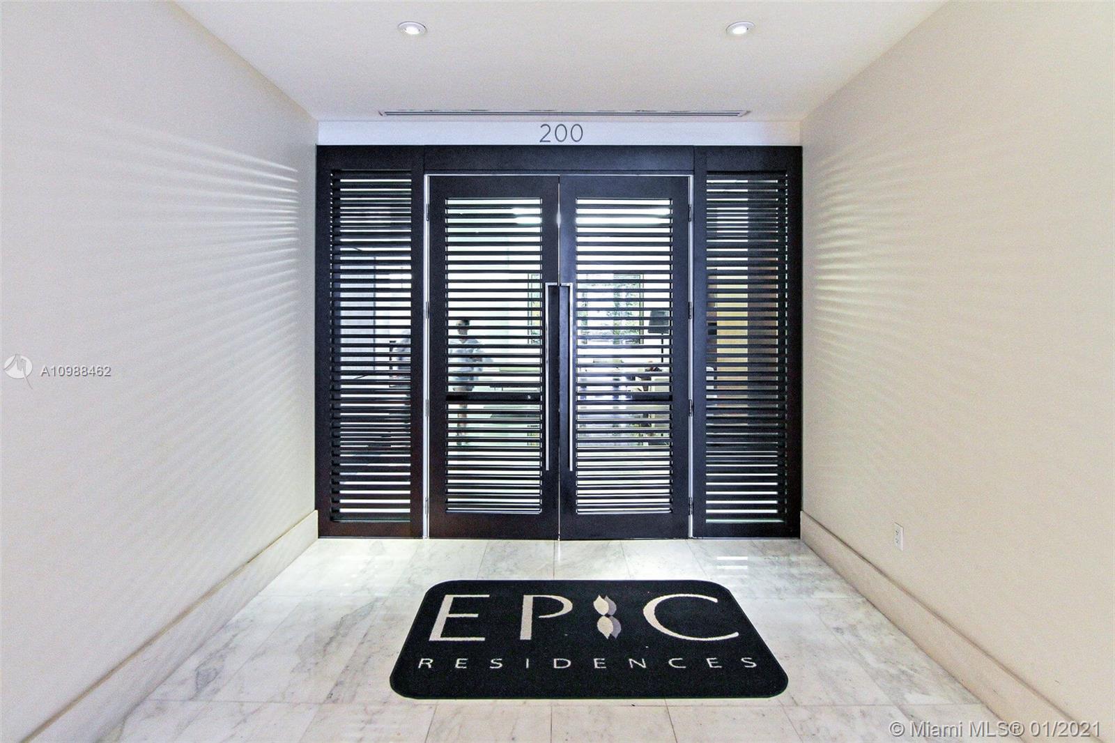Epic Residences #1408 photo06