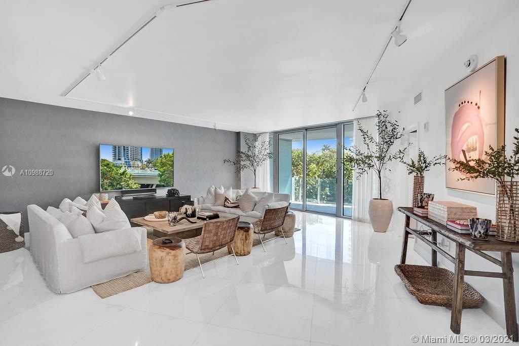 1 Collins Ave #203 photo01