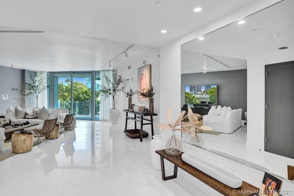 1 Collins Ave #203 photo010