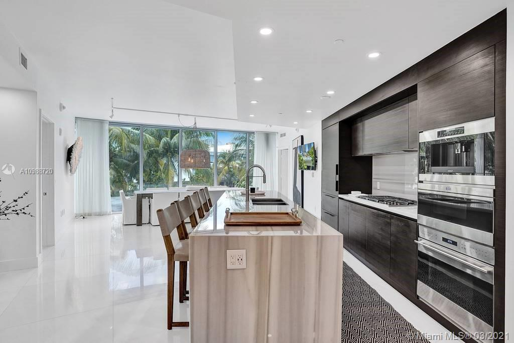 1 Collins Ave #203 photo015