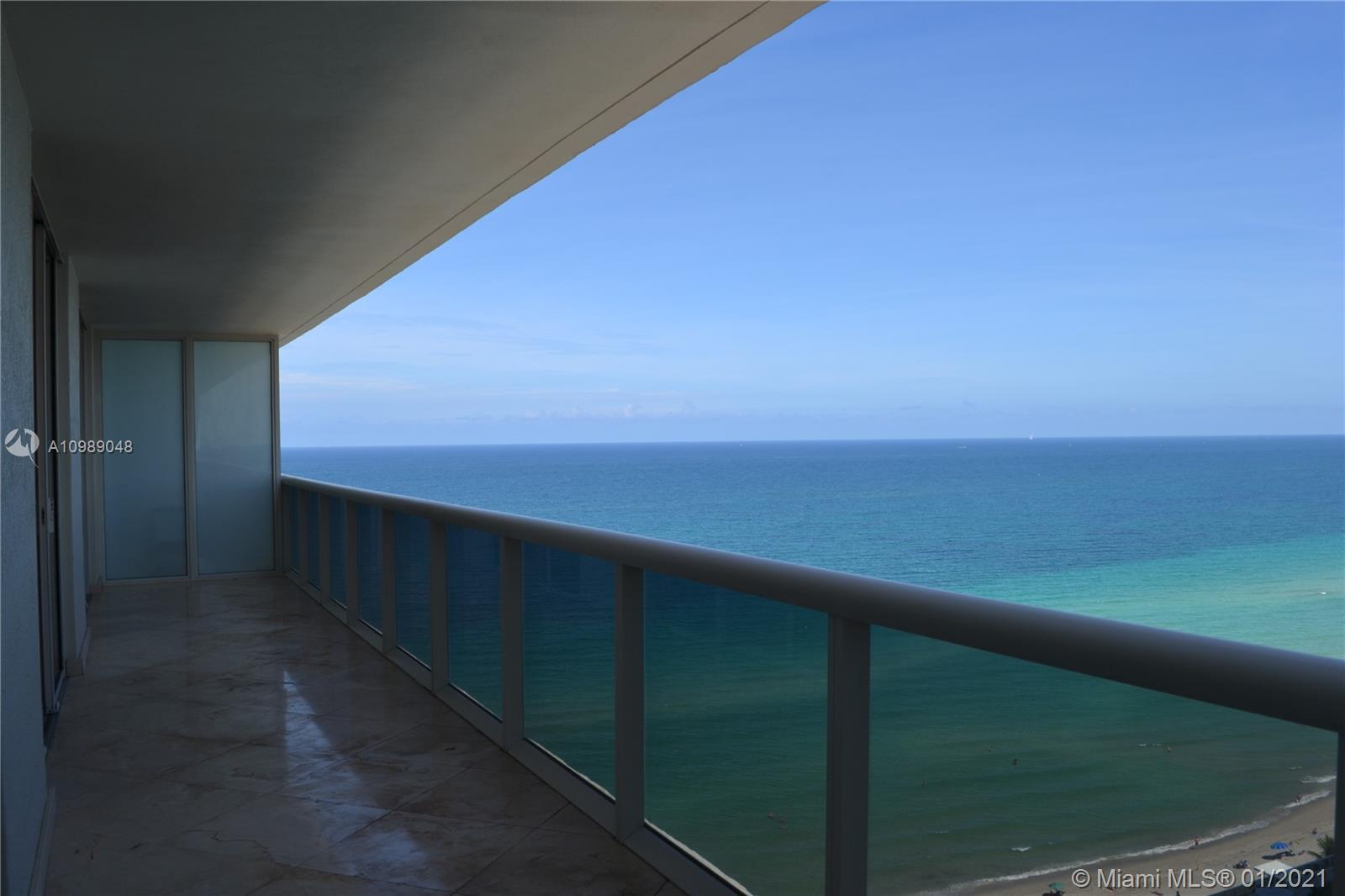 Beach Club Towers #2004 photo02