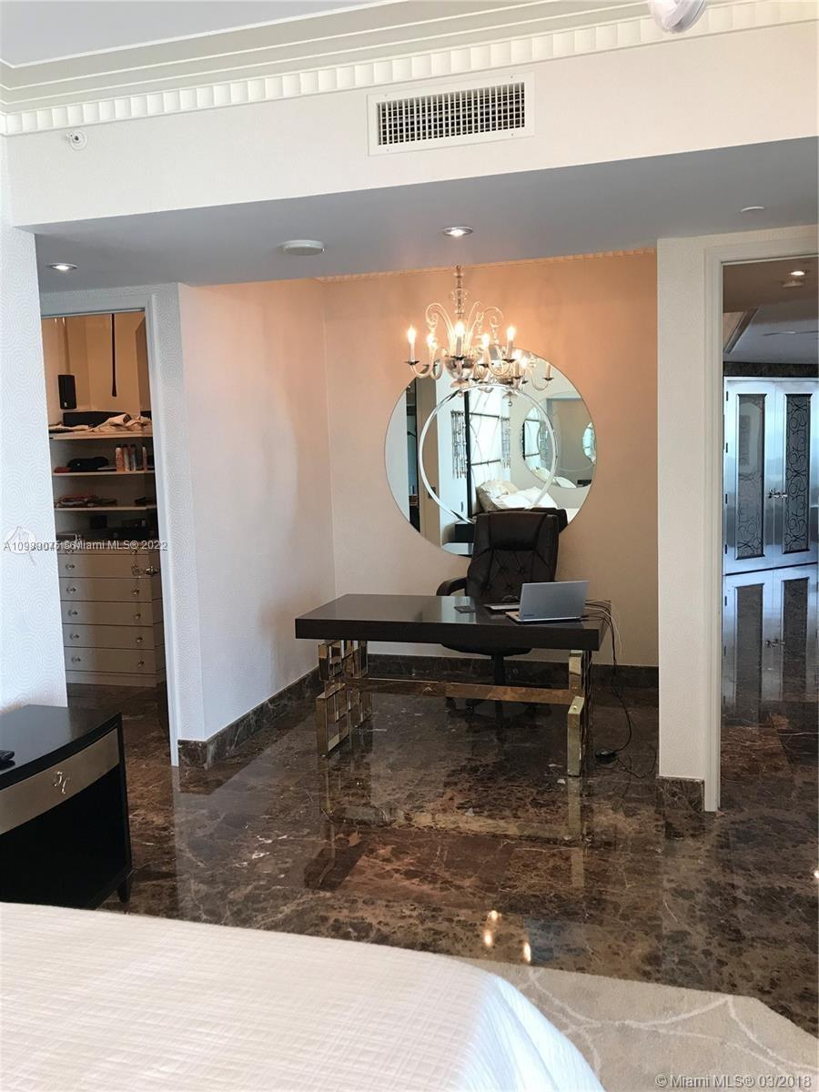 16051 Collins Ave #801 photo019