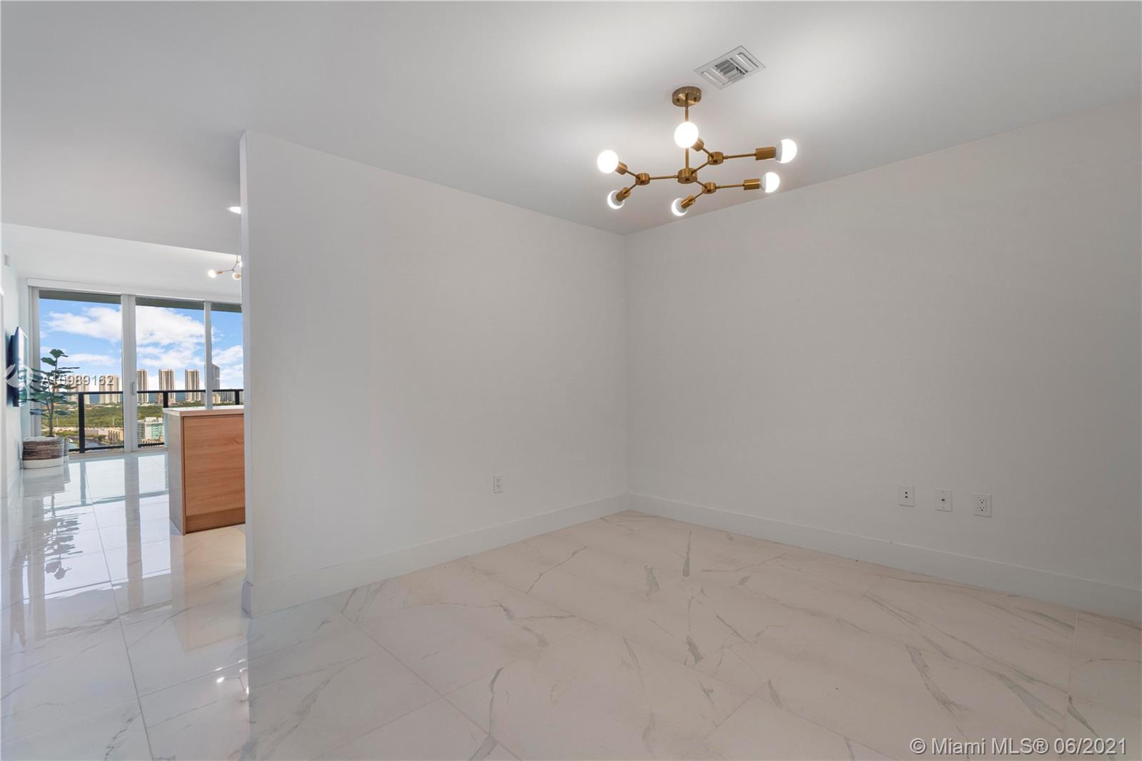 16385 Biscayne Blvd #2519 photo024