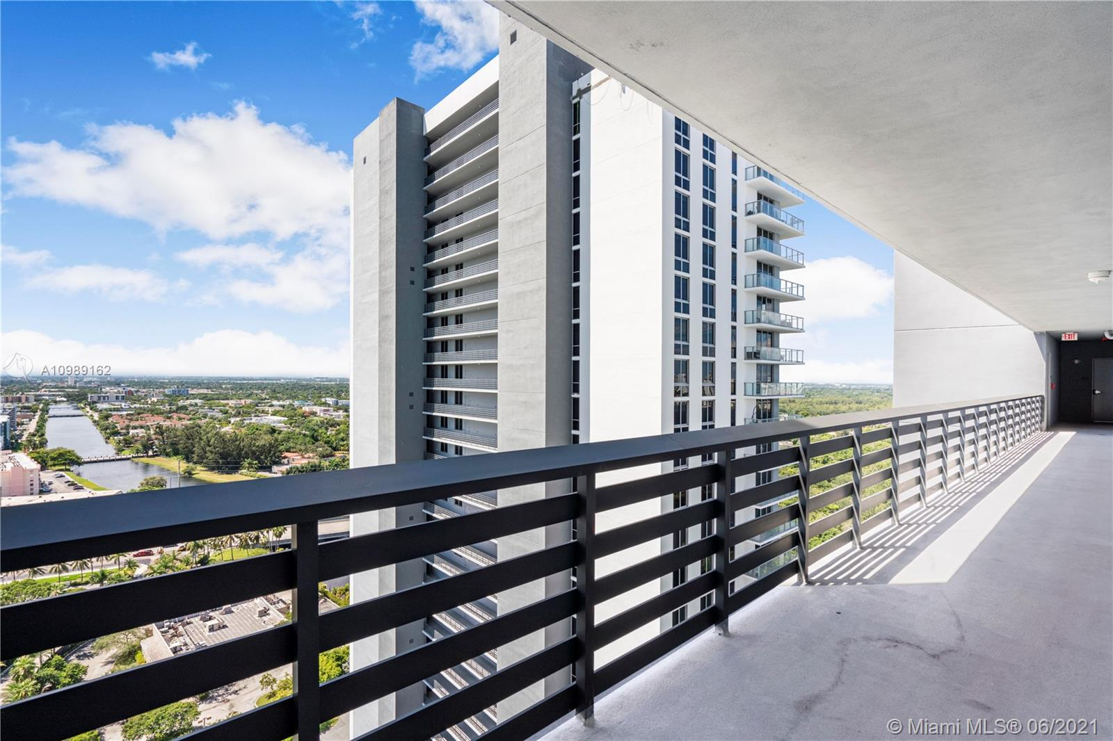 16385 Biscayne Blvd #2519 photo029