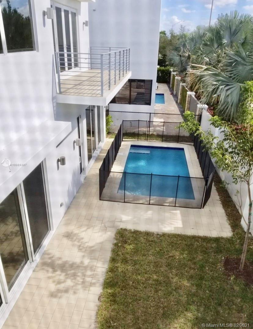 Doral Commons Residential # photo17