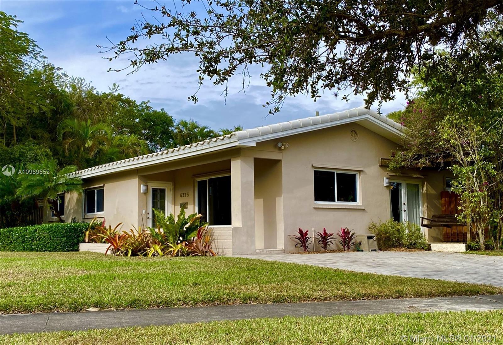 South Miami - 6325 SW 84th St, Miami, FL 33143