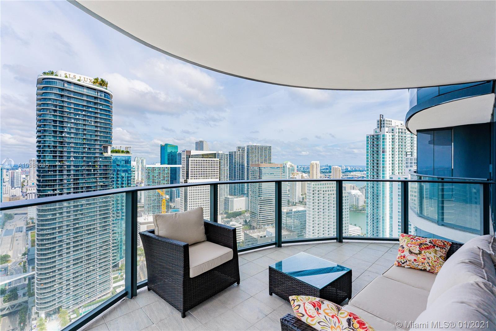 Brickell FlatIron #4512 - 1000 Brickell Plaza #4512, Miami, FL 33131