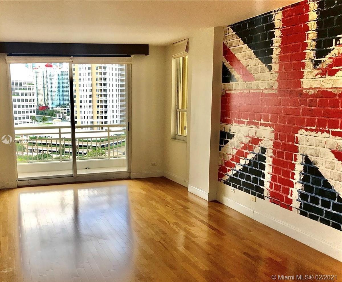 888 Brickell Key Dr #1102 photo012