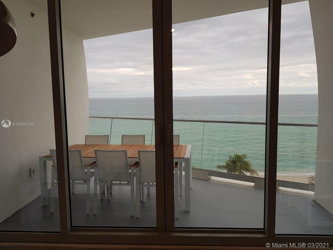 16901 Collins Ave #704 photo015