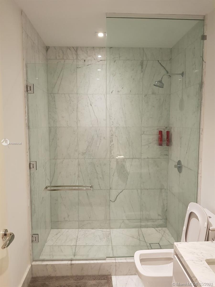 16901 Collins Ave #704 photo011