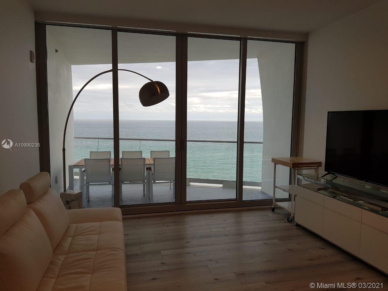 16901 Collins Ave #704 photo08