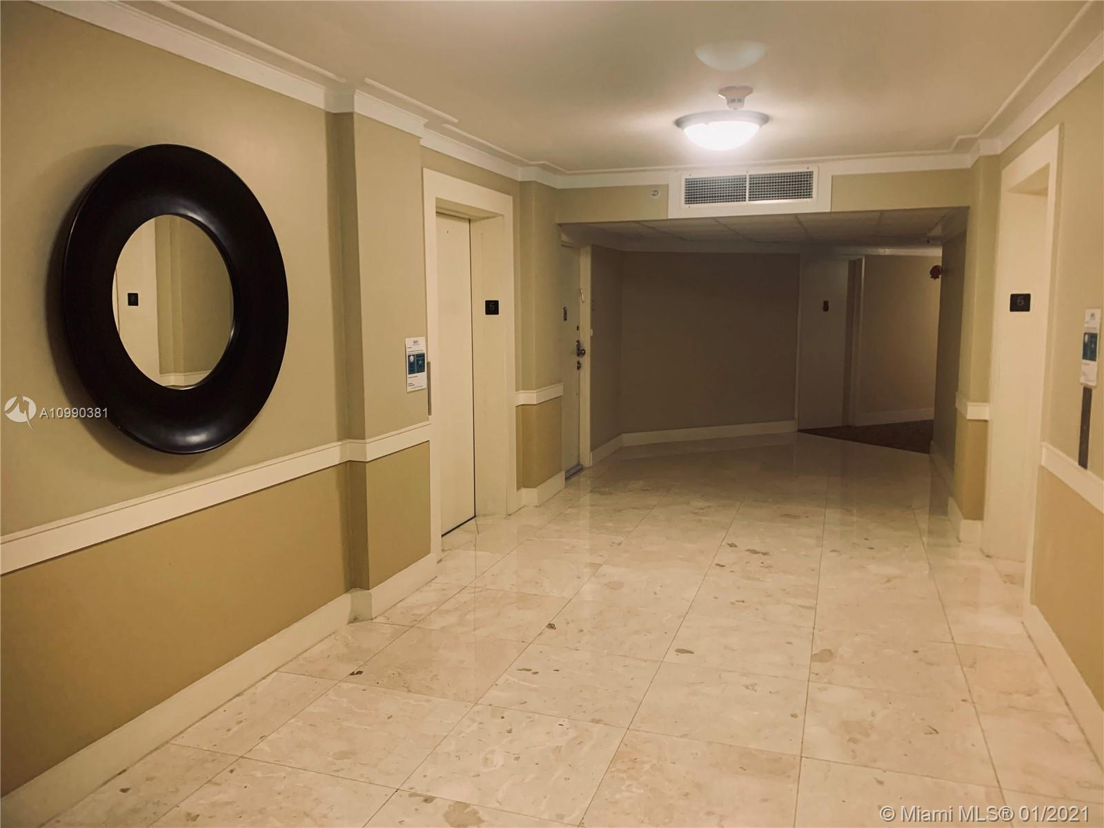 19380 Collins Ave #625 photo09