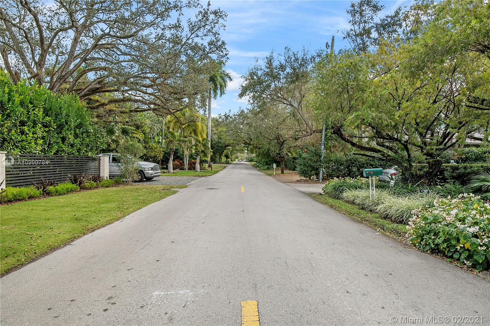 South Miami # - 27 - photo