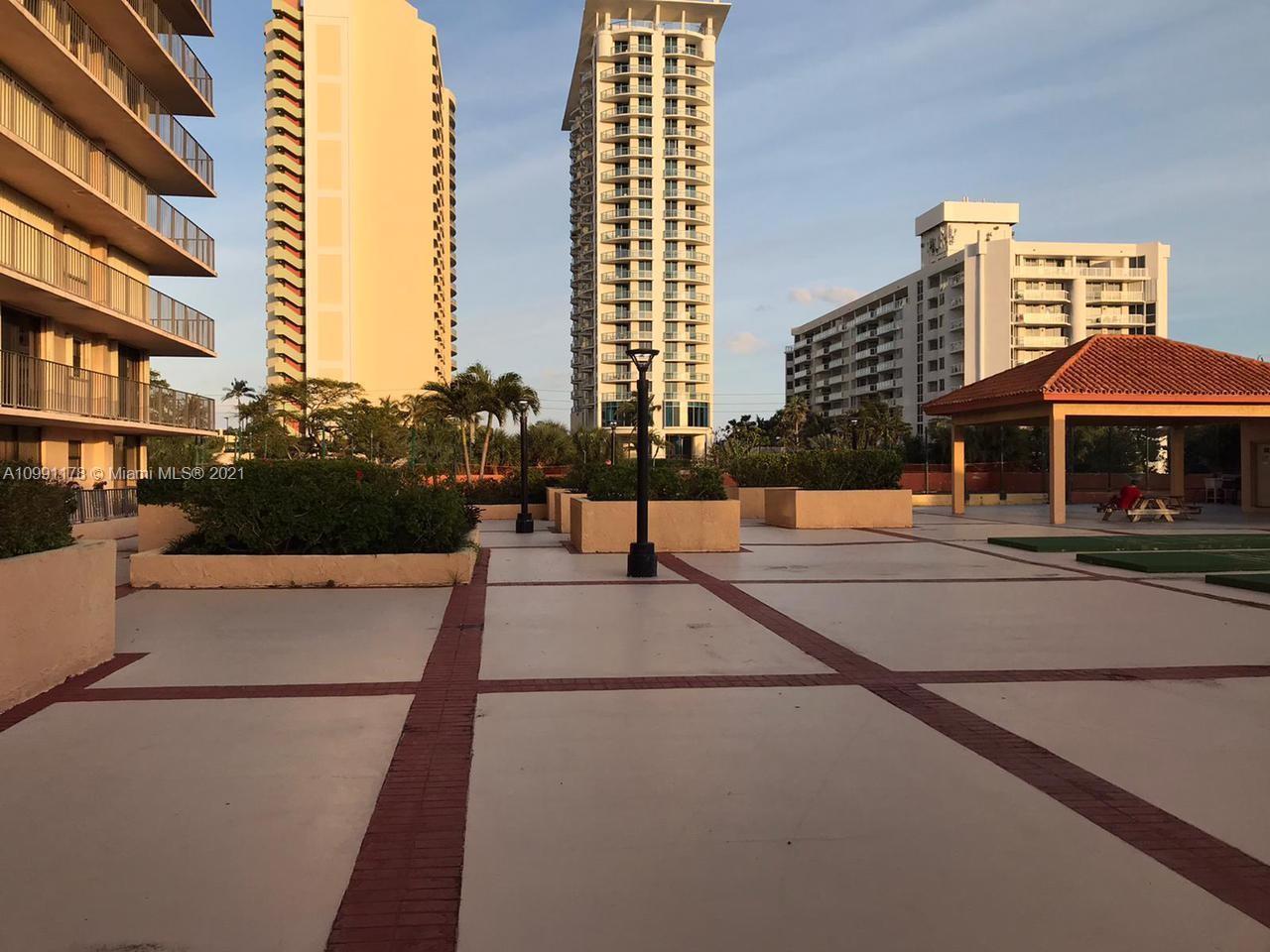 Winston Tower 600 #312 - 210 174th St #312, Sunny Isles Beach, FL 33160
