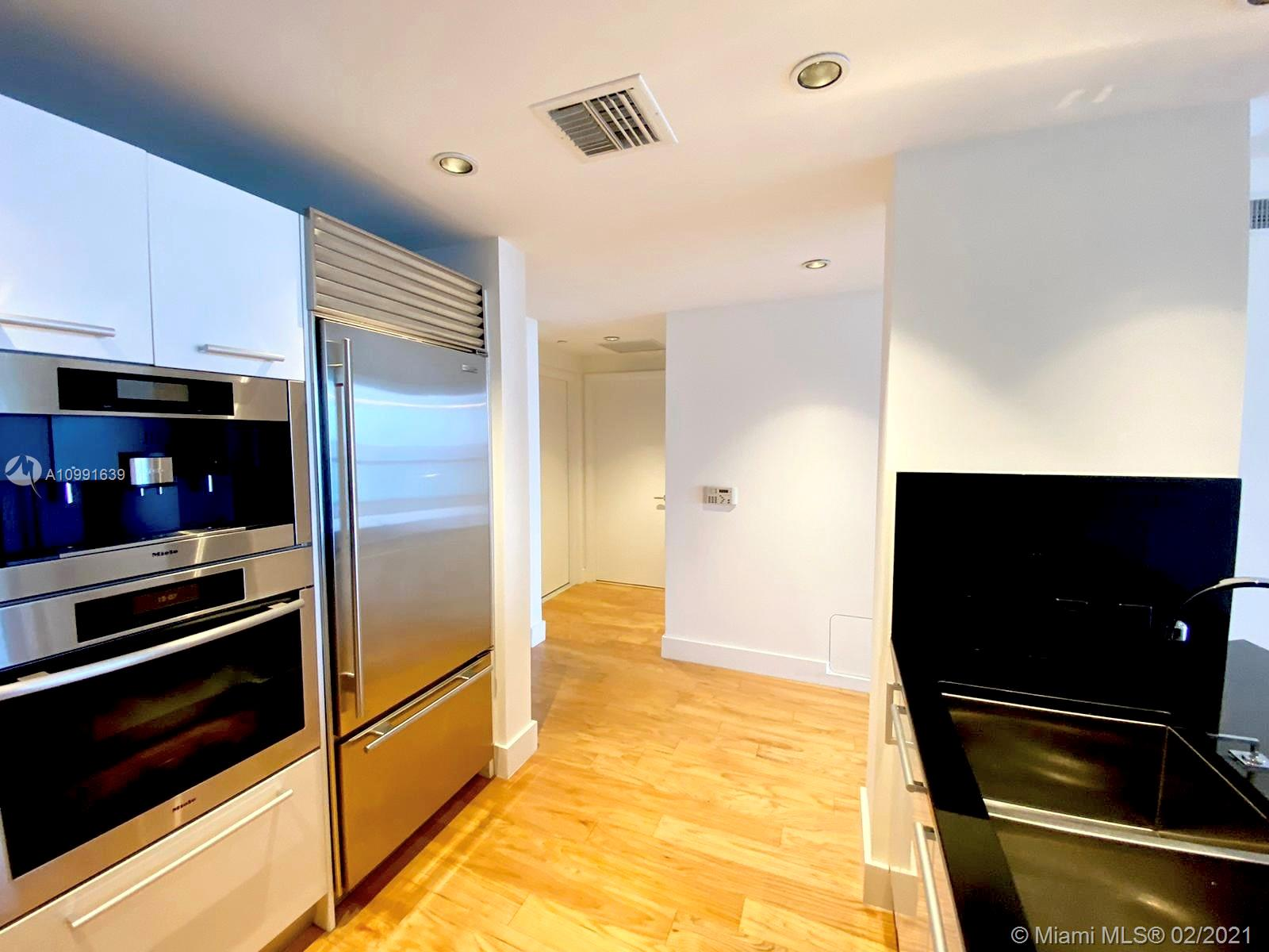 17121 Collins Ave #1903 photo02