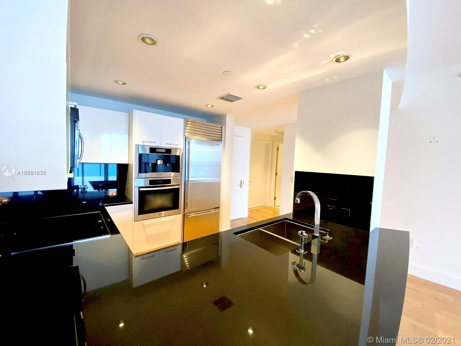 17121 Collins Ave #1903 photo03