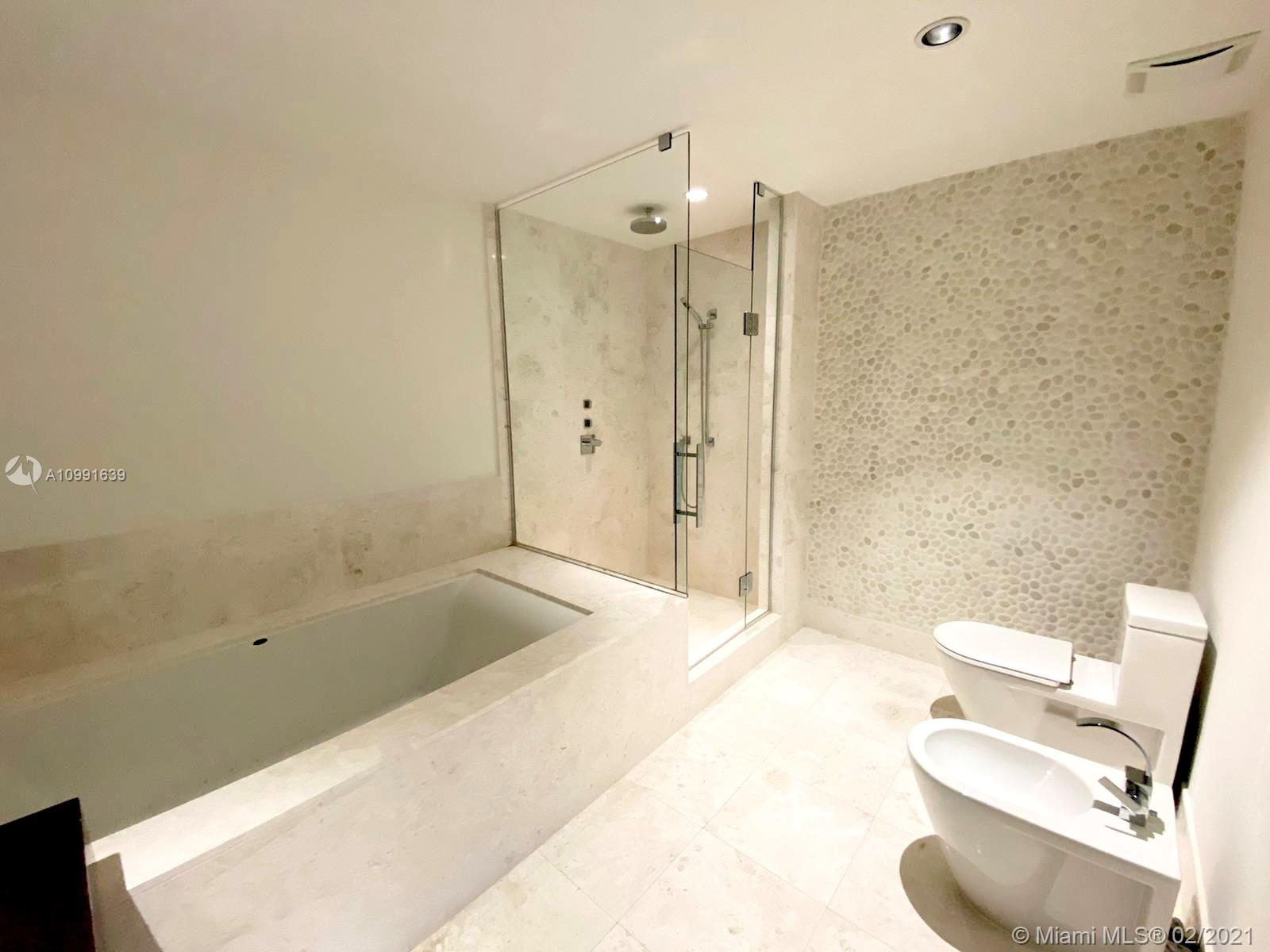 17121 Collins Ave #1903 photo021