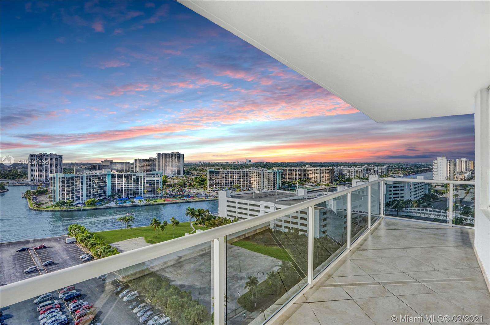 Sea Air Towers #PH-27 - 3725 S Ocean Dr #PH-27, Hollywood, FL 33019
