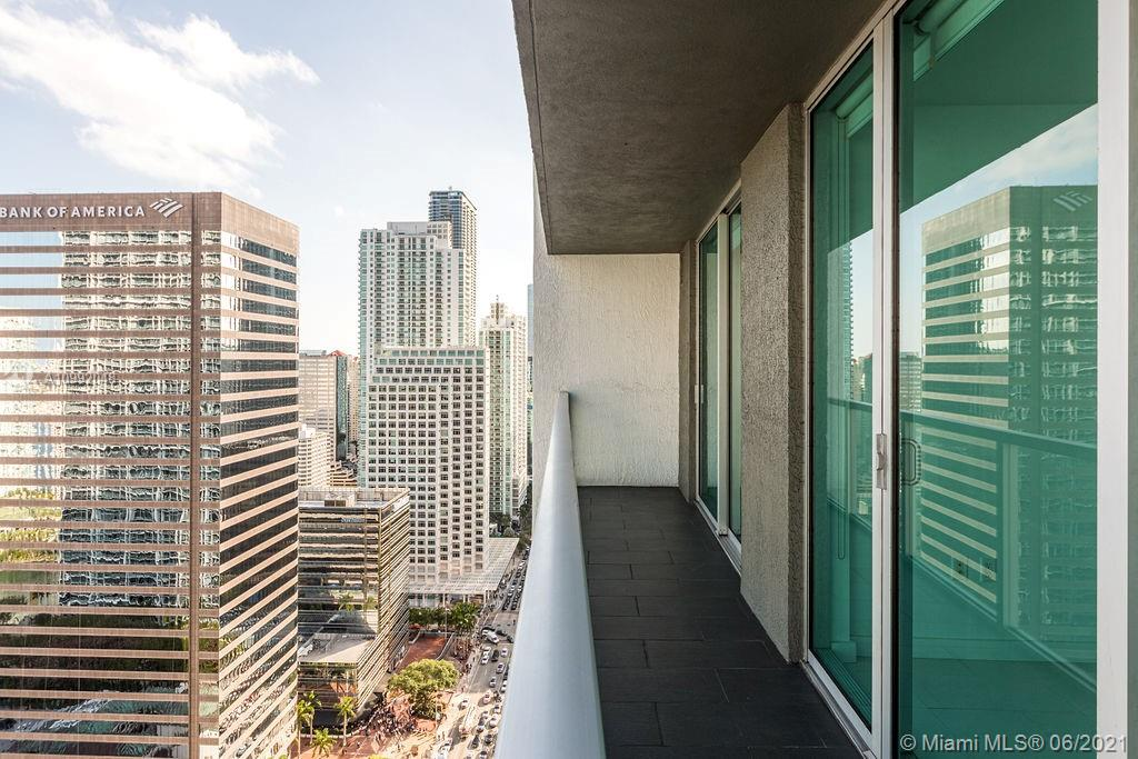 500 Brickell #3601 photo27