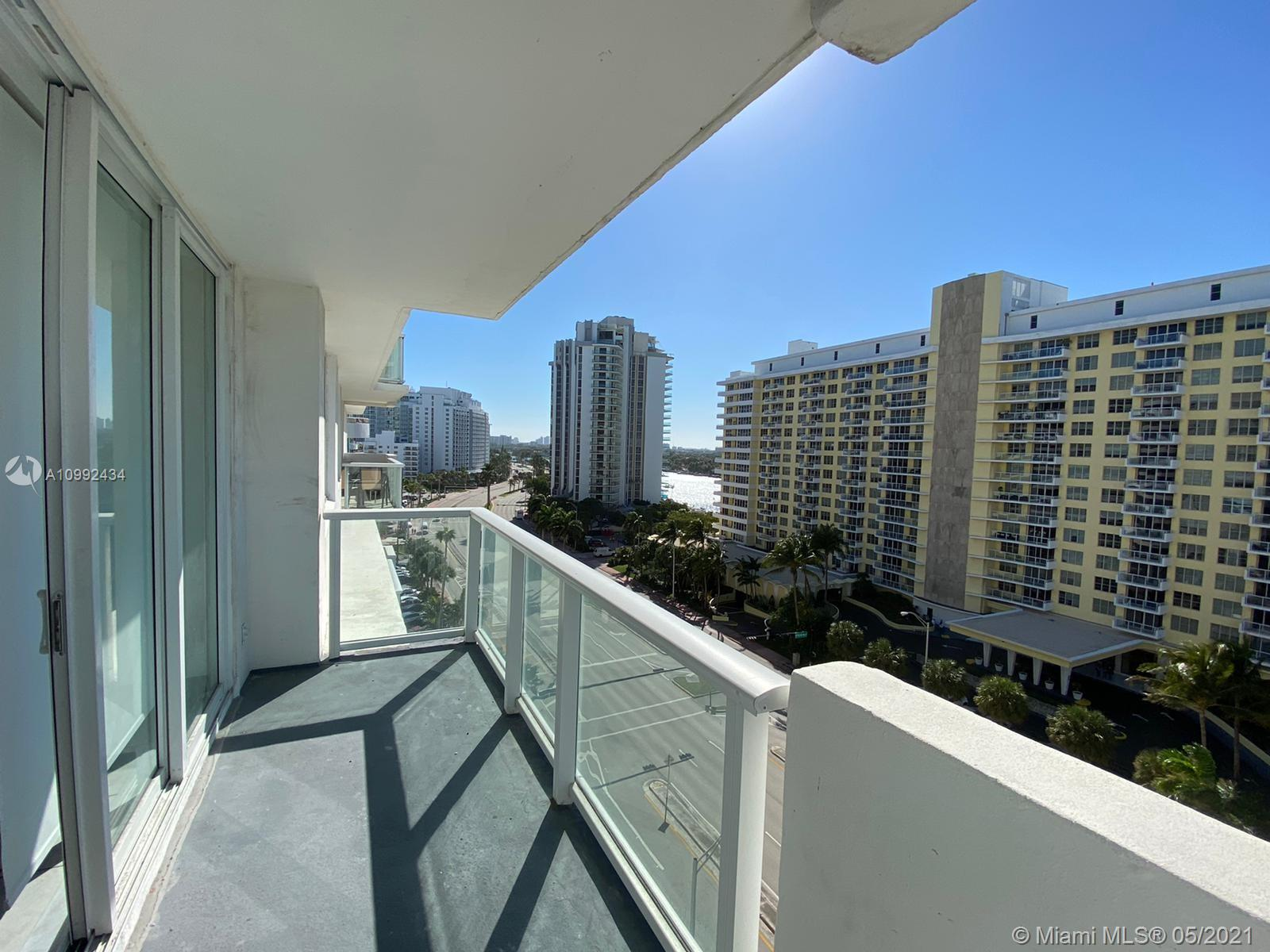 5601 Collins Ave #1016 photo010
