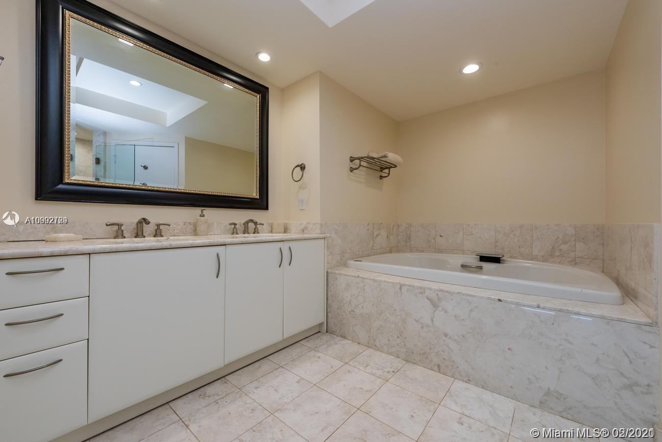 1331 Brickell Bay Dr #3809 photo016