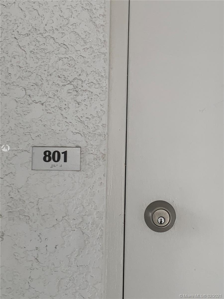 One Fifty One At Biscayne #801 photo03