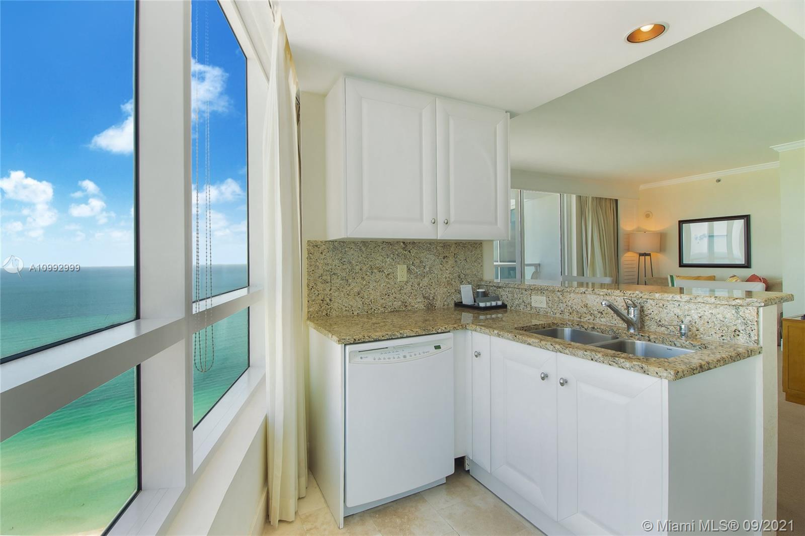 4401 Collins Ave #3603 photo09