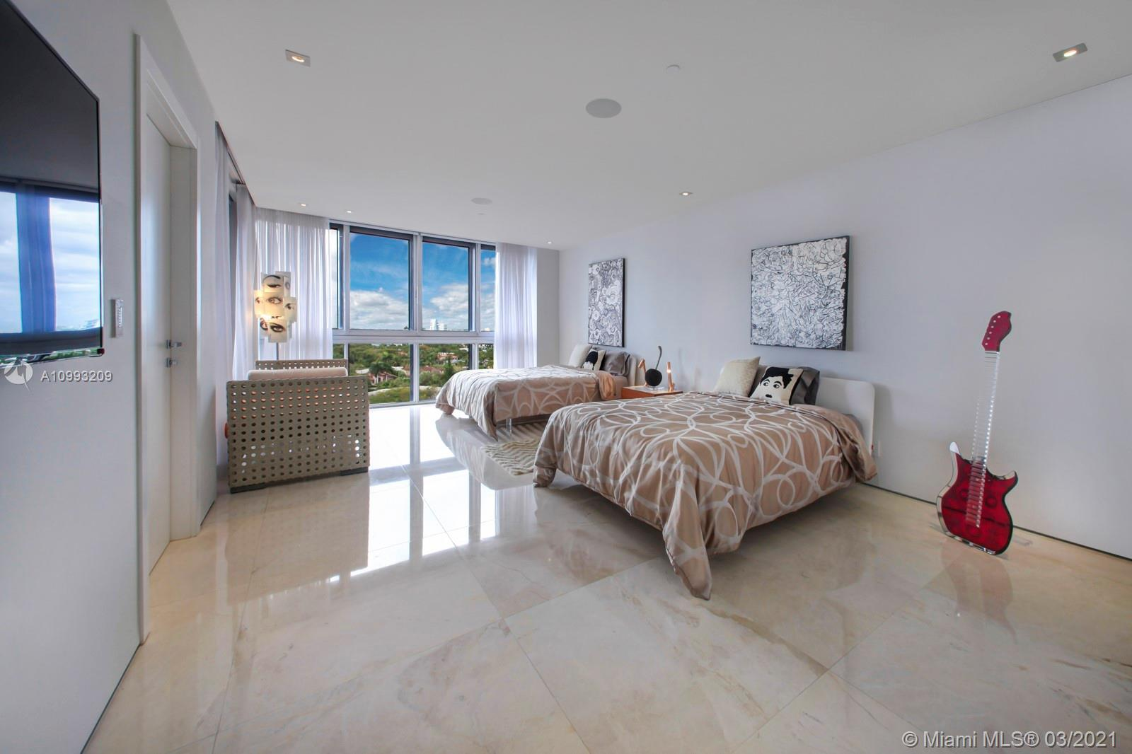Bal Harbour Tower #10J photo26