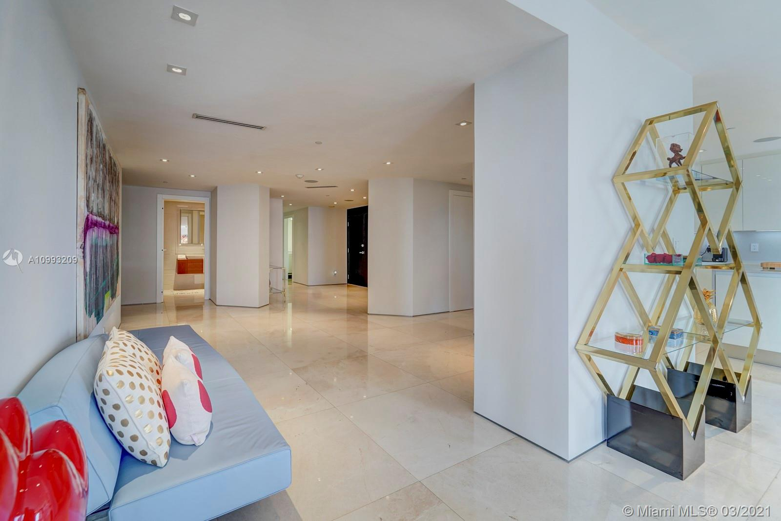 Bal Harbour Tower #10J photo29