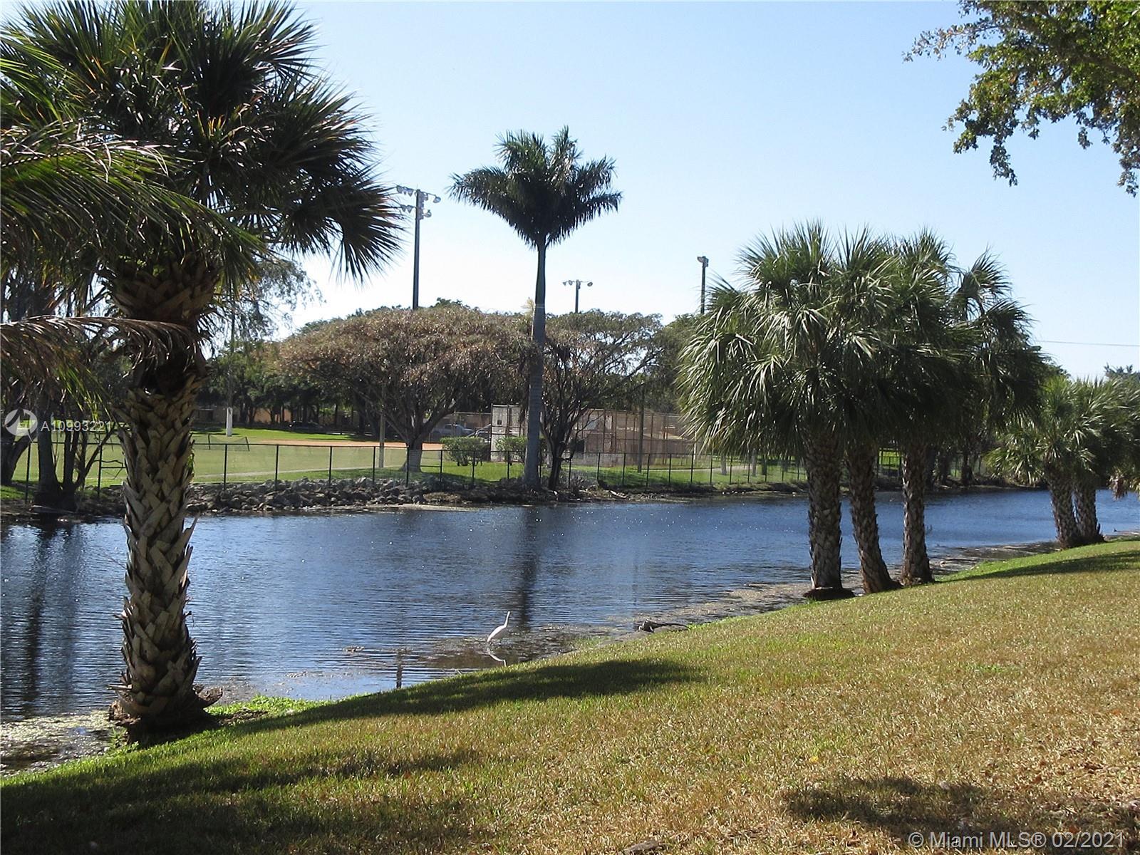 Miami Lakes #6439 - 03 - photo