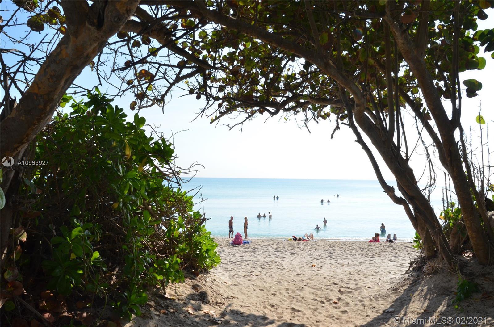 Castle Beach Club #M14 photo21